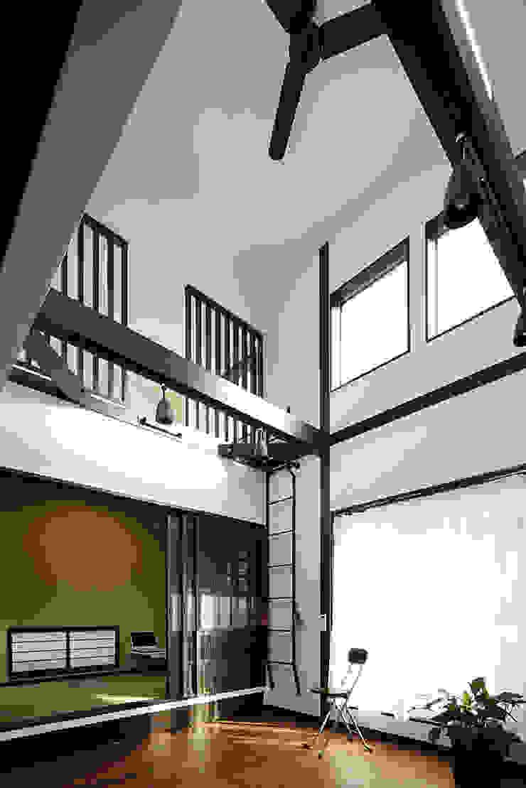 古民家な家 和風デザインの ガレージ・物置 の 有限会社タクト設計事務所 和風