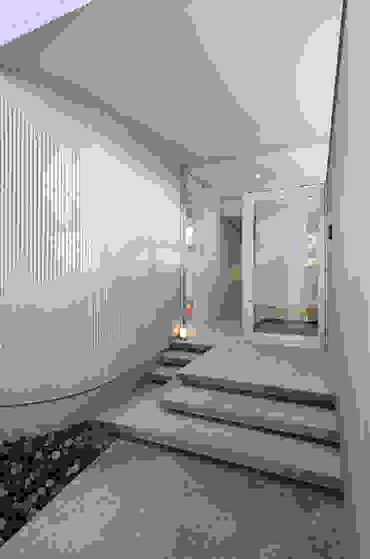 湧水町の住宅 モダンな 家 の アトリエ環 建築設計事務所 モダン