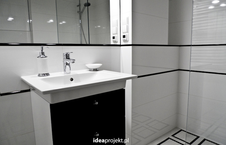 Eclectic style bathroom by idea projekt Eclectic