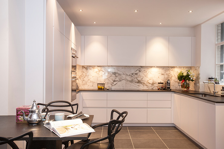 Kensington Church Street Kitchen - After Modern kitchen by SWM Interiors & Sourcing Ltd Modern