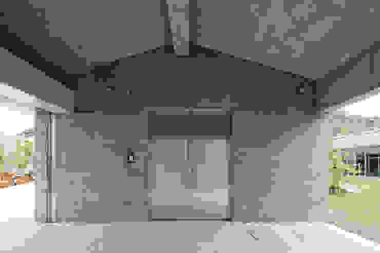 玄関 依田英和建築設計舎 オリジナルな 家