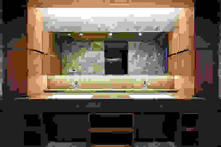 洗面 依田英和建築設計舎 モダンスタイルの お風呂