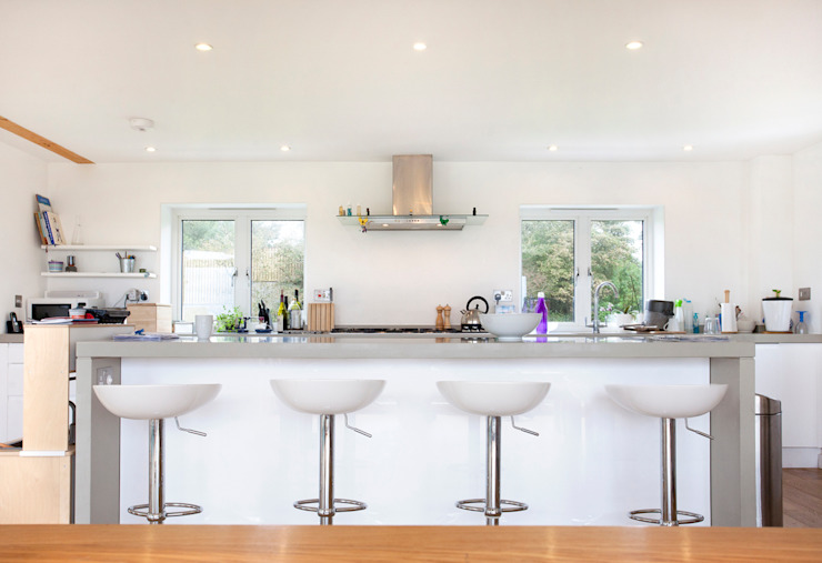 Contemporary Home, Bude, Cornwall Cocinas modernas de The Bazeley Partnership Moderno