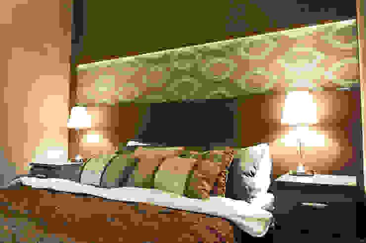 Dormitorios de estilo clásico de AgiDesign Clásico