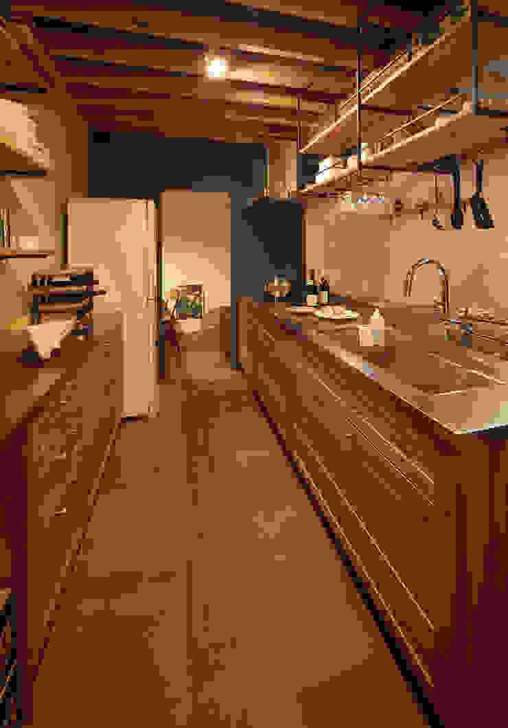 無垢の木のキッチン「su:iji(スイージー)」 オーク: 株式会社ウッドワンが手掛けたカントリーです。,カントリー