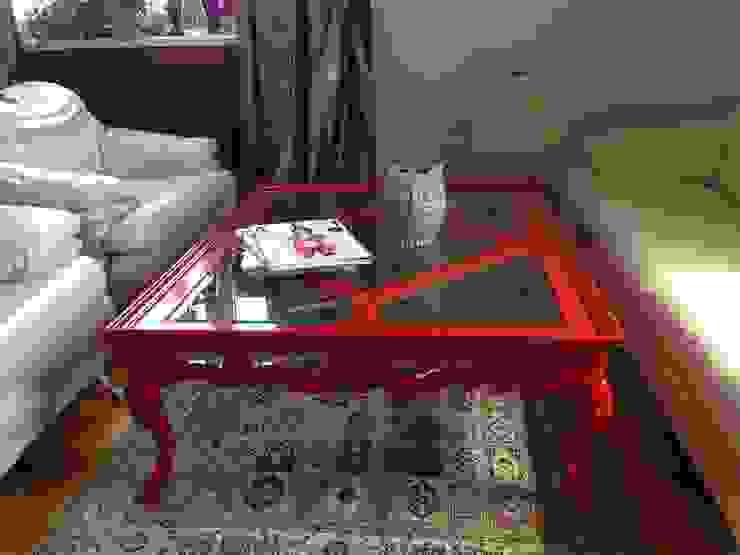 Яркий стол со стекляной столешницей от NICE CATCH Кантри