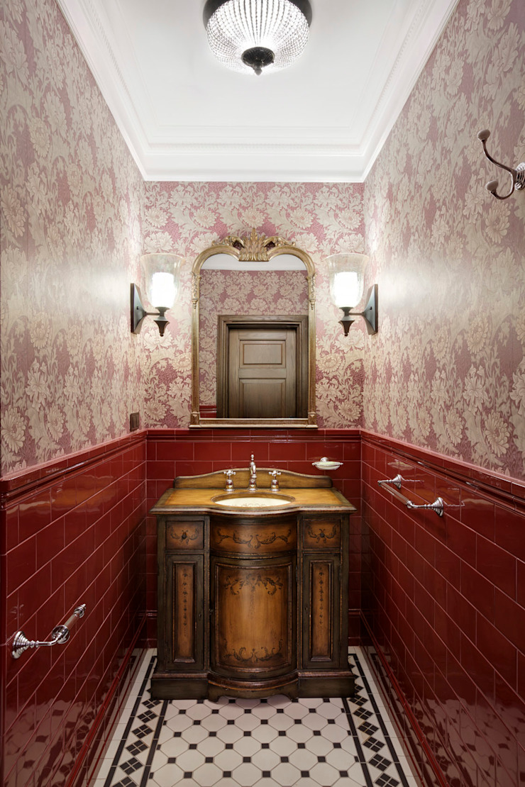 Classic style bathrooms by Abwarten! Classic