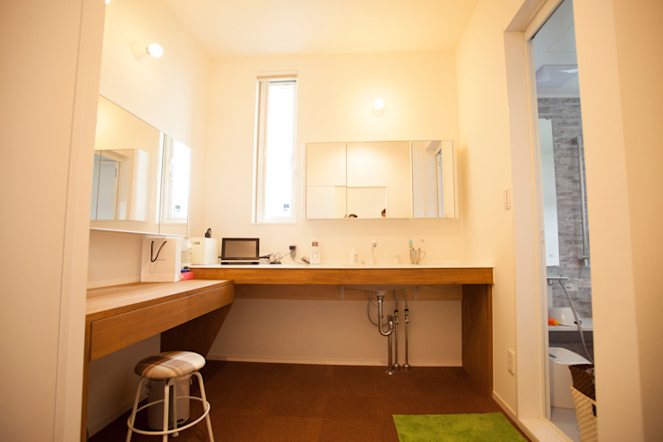MZ-House ミニマルスタイルの お風呂・バスルーム の ADS一級建築士事務所 ミニマル