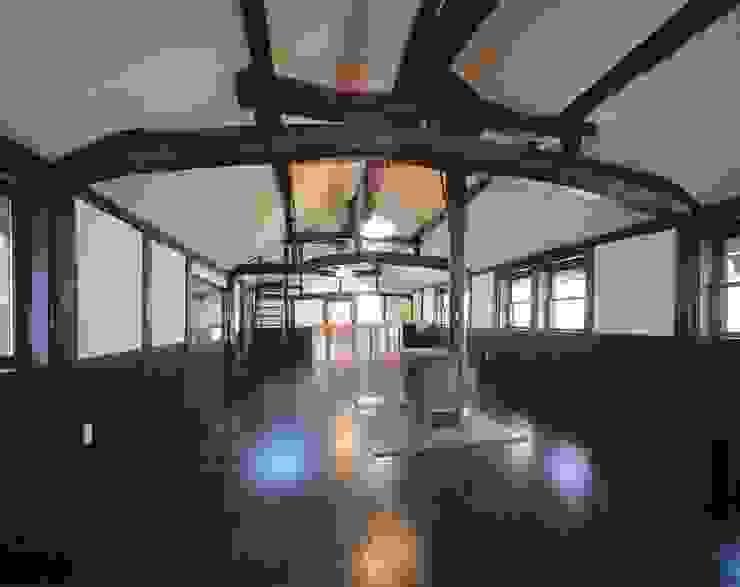 二階LDK: 有限会社 住まい考房が手掛けたクラシックです。,クラシック