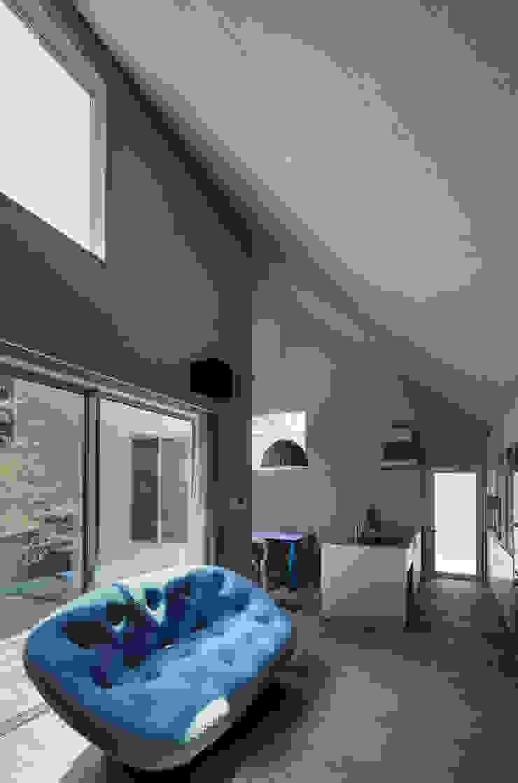 象の家 オリジナルデザインの リビング の 中西ひろむ建築設計事務所/Hiromu Nakanishi Architects オリジナル 木 木目調