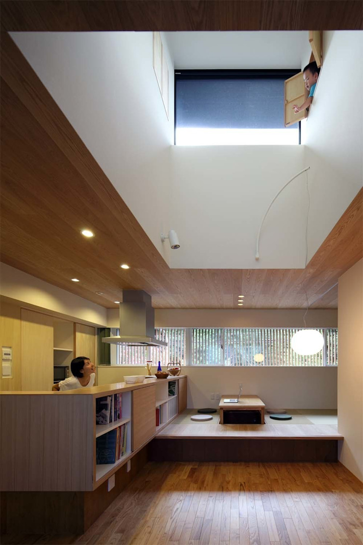House just in front アジア・和風の 窓&ドア の Hiromu Nakanishi Architects 和風