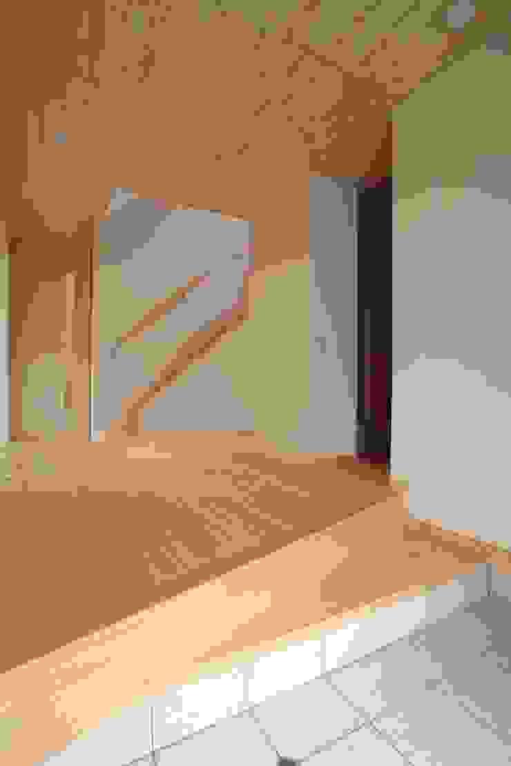 玄関ホール モダンスタイルの 玄関&廊下&階段 の ATS造家設計事務所 モダン