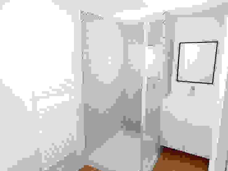 Image 3D du projet - Salle de bain Salle de bain moderne par Agence Ideco Moderne