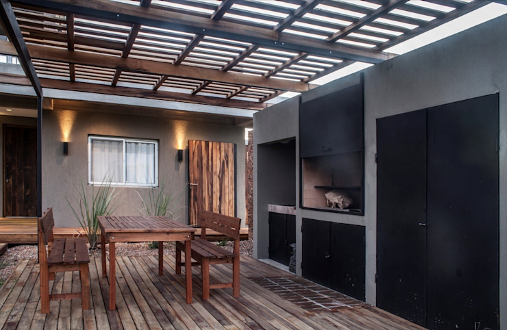 Дома в стиле модерн от FAARQ - Facundo Arana Arquitecto & asoc. Модерн