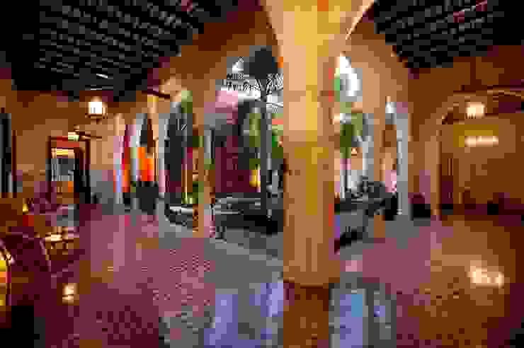 Hotels by Taller Estilo Arquitectura, Eclectic