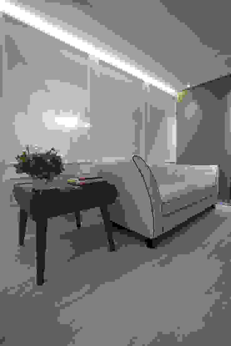 Projeto Salas de estar minimalistas por Leonardo Maia Arquitetos Minimalista