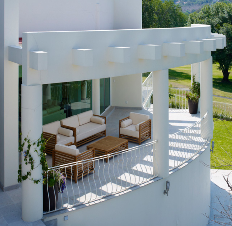 Excelencia en Diseño Balcone, Veranda & Terrazza in stile moderno