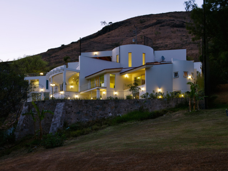 Дома в стиле модерн от Excelencia en Diseño Модерн