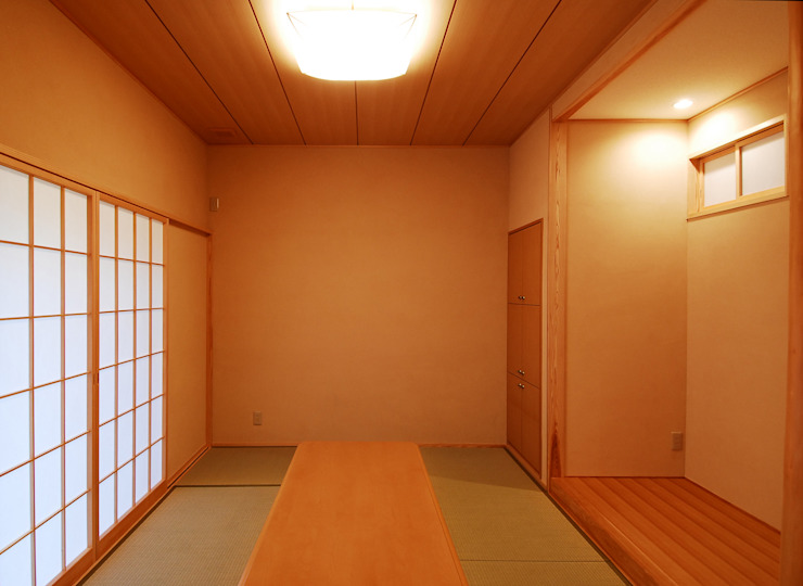 温品の家 和風デザインの 多目的室 の エルイーオー設計室 和風