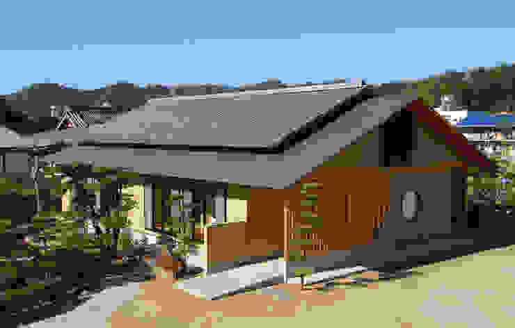 温品の家 日本家屋・アジアの家 の エルイーオー設計室 和風