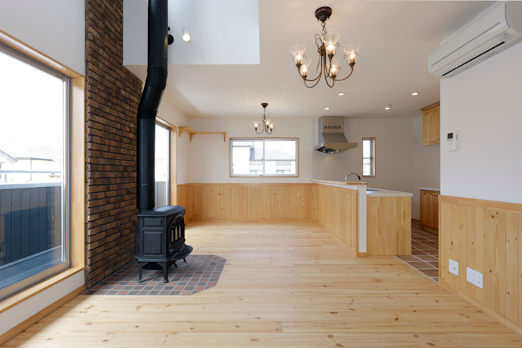 Country style dining room by 有限会社タクト設計事務所 Country