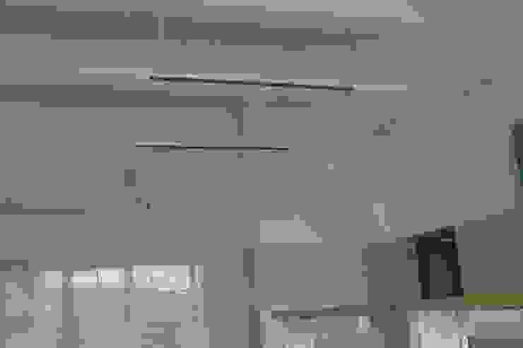 Потолок лаборатории Кабинеты врачей в стиле минимализм от ООО 'Сфера' Минимализм