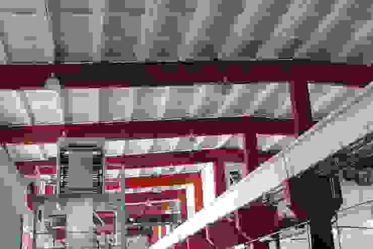Потолок цеха Офисные помещения в стиле лофт от ООО 'Сфера' Лофт