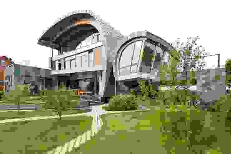 Projekty,  Okna zaprojektowane przez NEWOOD - Современные деревянные дома, Eklektyczny