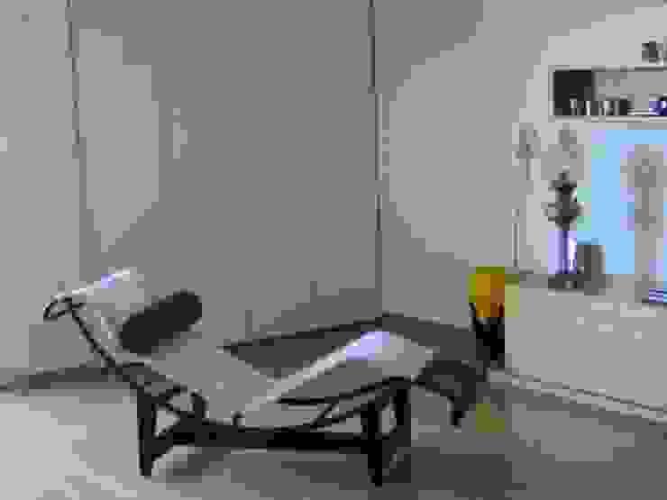 Modern living room by GUTMAN+LEHRER ARQUITECTAS Modern
