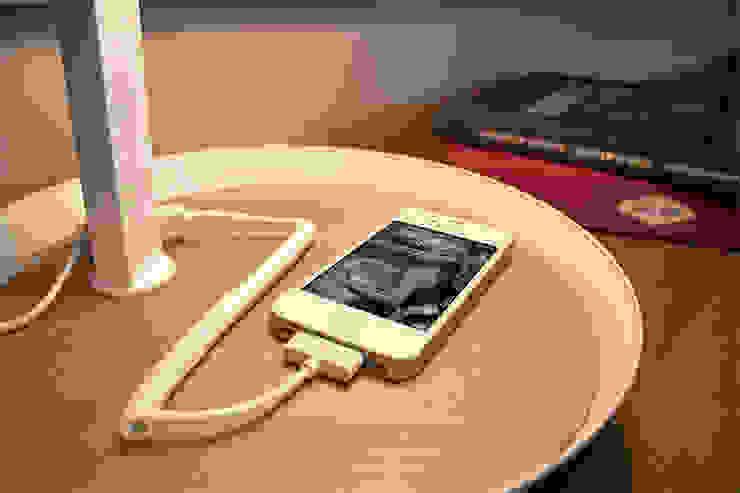 Dormitorios de estilo  por  Nexel Solutions Eclairage