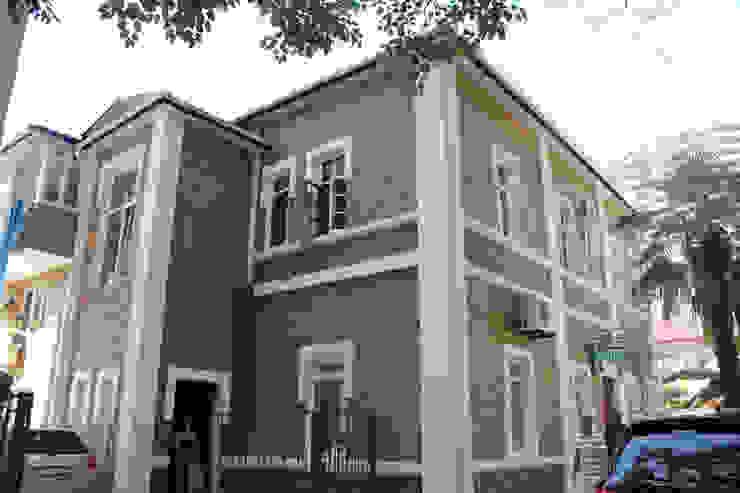 DBS INSAAT TAAH KIMYA SAN VE TIC LTD STI Mediterranean style walls & floors