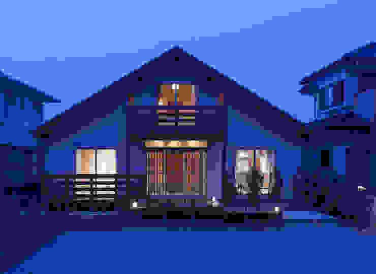 石井の住宅 オリジナルな 家 の 中飯賀業建築研究所 オリジナル