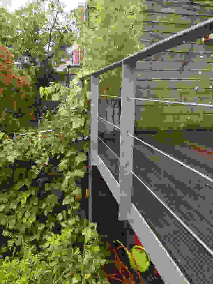 Detail terrashek van Voorwinde Architecten Minimalistisch