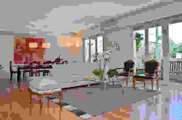 Salas de estar modernas por GUTMAN+LEHRER ARQUITECTAS Moderno