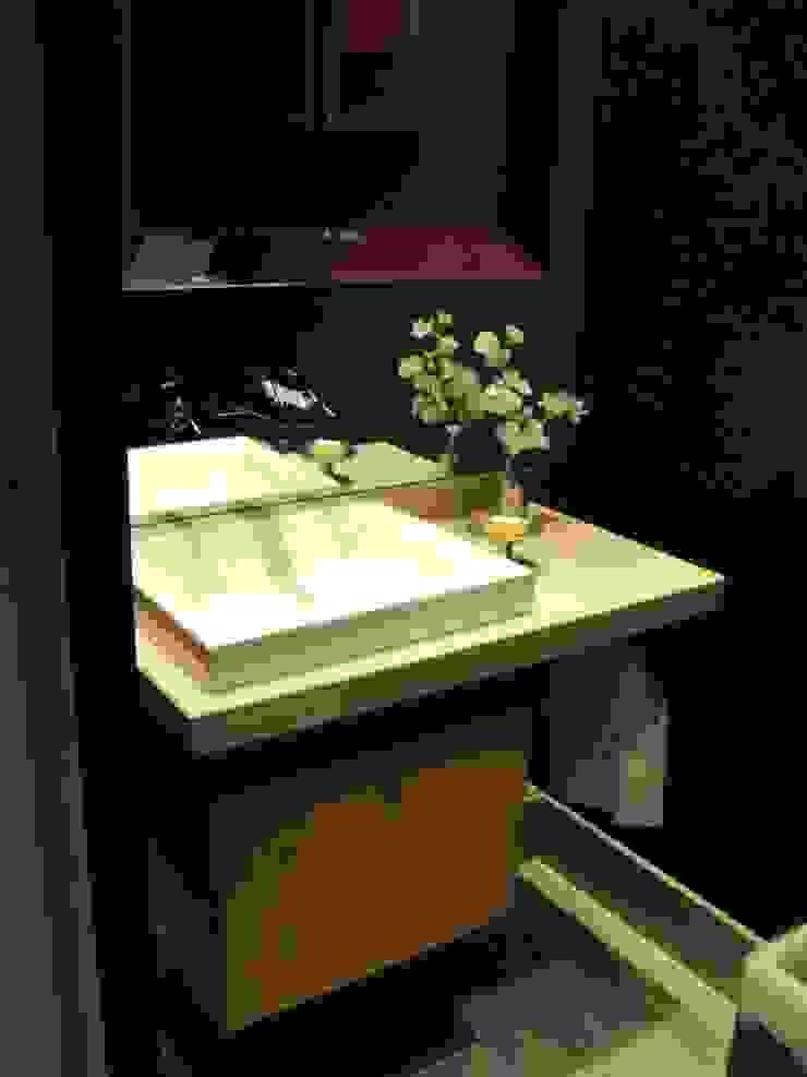 Piso en Retrio Moderne Badezimmer von GUTMAN+LEHRER ARQUITECTAS Modern