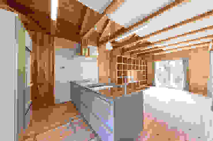 石井の住宅 オリジナルデザインの キッチン の 中飯賀業建築研究所 オリジナル