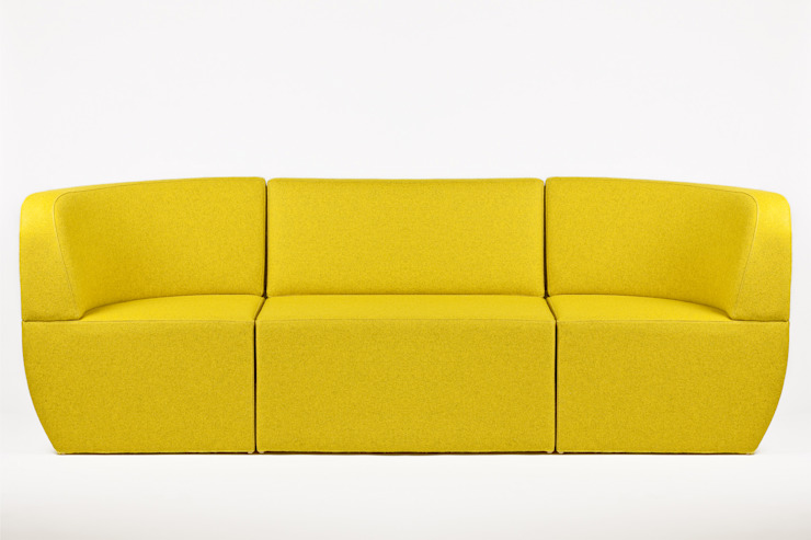 Cosmo - 3 seater: modern  by Studio Lulo, Modern