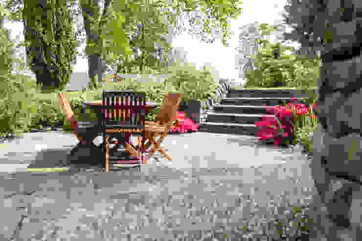 Jardines de estilo  por Barnes Walker Ltd,