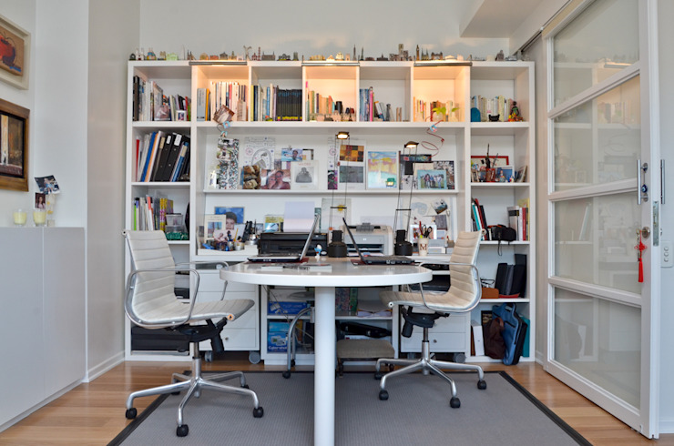 Study/office by GUTMAN+LEHRER ARQUITECTAS,