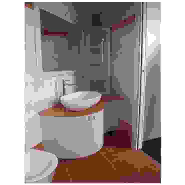CORDEL s.r.l. Modern bathroom