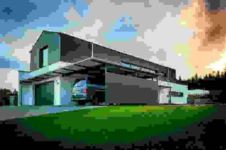 Rumah oleh Architekturbüro Ketterer, Modern