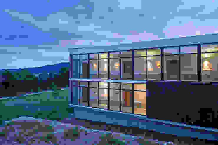 Dormitorios de estilo moderno de PLADIS Moderno
