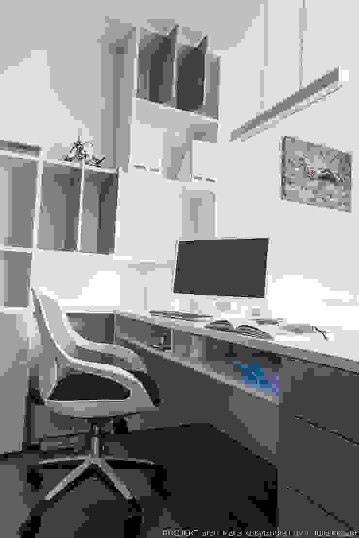 Escritórios modernos por LEMUR Architekci Moderno