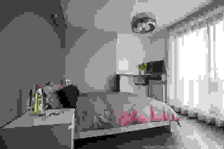 Спальня в стиле модерн от LEMUR Architekci Модерн