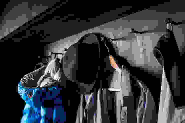 Till Könneker Dressing roomWardrobes & drawers