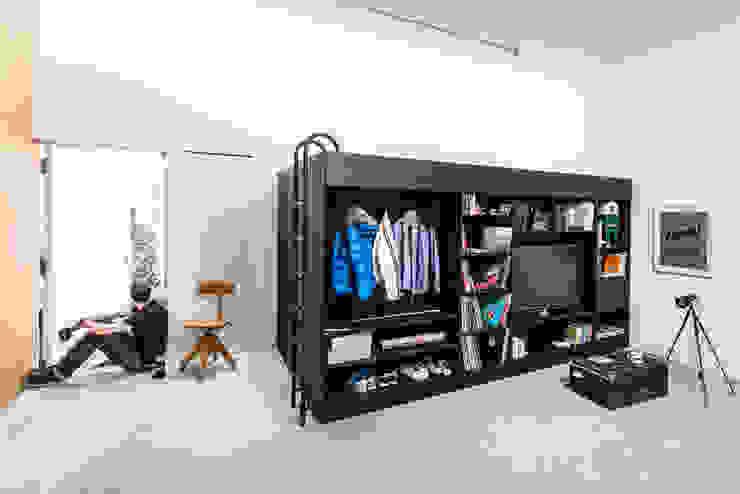 Till Könneker Living roomStorage