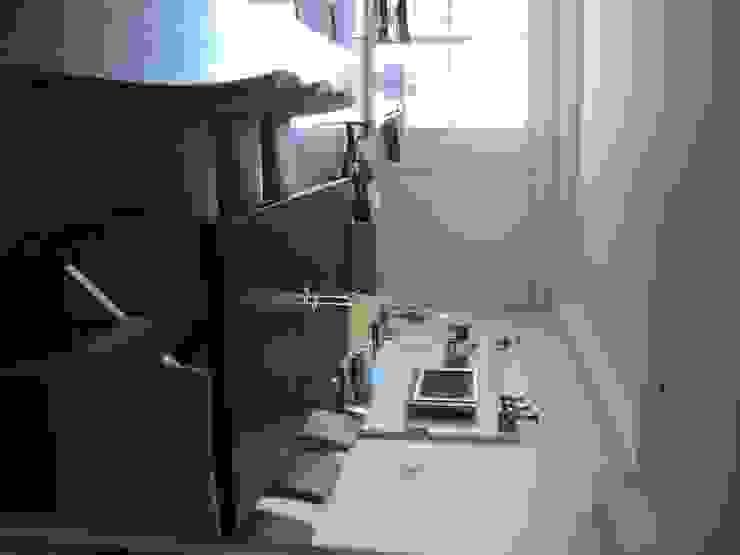 Piso en Retrio Moderne Esszimmer von GUTMAN+LEHRER ARQUITECTAS Modern