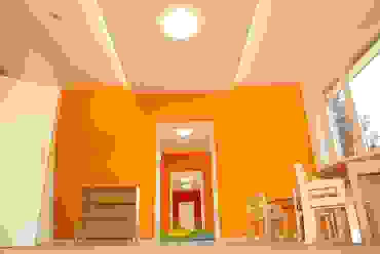 Umbau in eine Kindertagesstätte in Berlin-Charlottenburg - Gruppenräume Schenning-Architekten Moderne Kinderzimmer