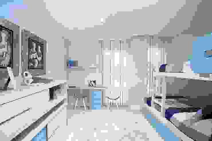 Vivienda en Sarria con suelo de mármol Dormitorios infantiles de estilo clásico de Inèdit Clásico