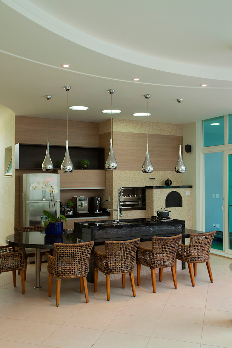 Casa Porto Seguro por Arquiteto Aquiles Nícolas Kílaris Moderno